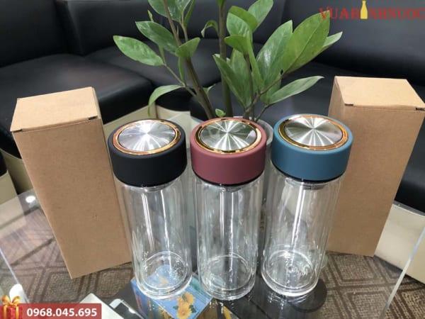 Bình Nhựa Dáng Thể Thao Nắp Inox